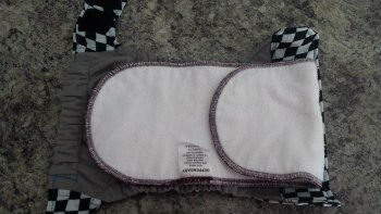 Geffen Baby Super Absorber Plus in a Ragababe Small (9-18lbs).